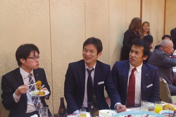 山口県商工会議所青年部 忘年会様子09